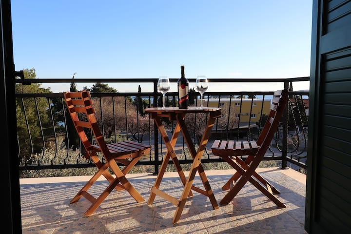 Apartments Trstenica-Comfort One Bedroom Apartment with Balcony