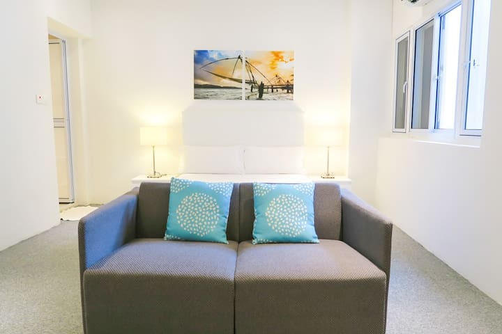 Comfy Studio Apt/ WIFI @ Orchard/Somerset area