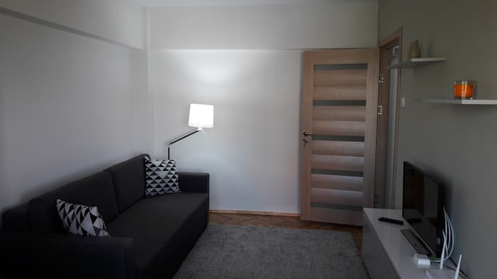 Cozy, modern studio, Centre of Constanta