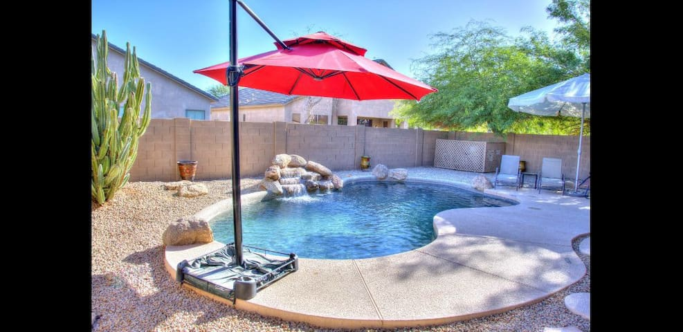 Laveen Home, pool,Gameroom BBQ, Great for Families