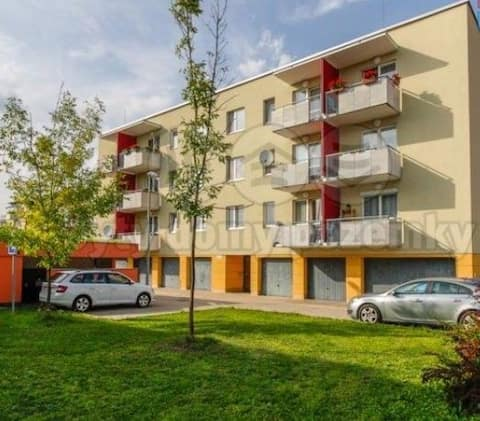 Apartamento familiar con aparcamiento y estación de tren