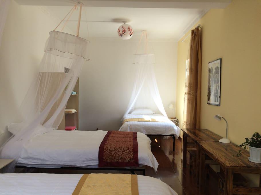 Chambre 201, Room 201, 201房间