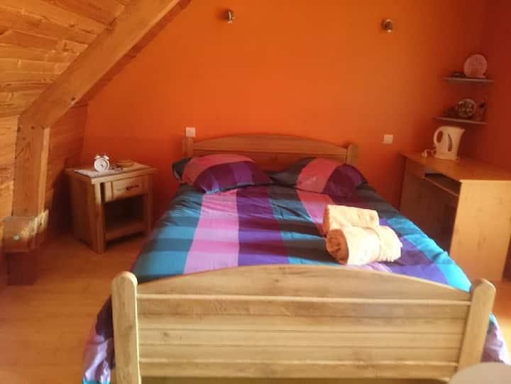 Grande chambre à proximité directe du port d'Arzal