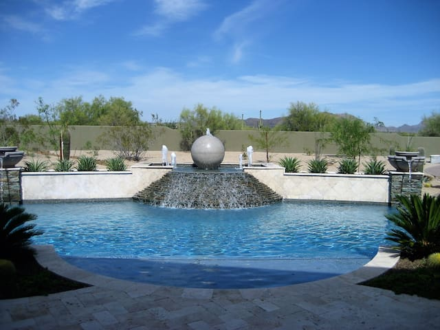N. Scottsdale Guest House Retreat