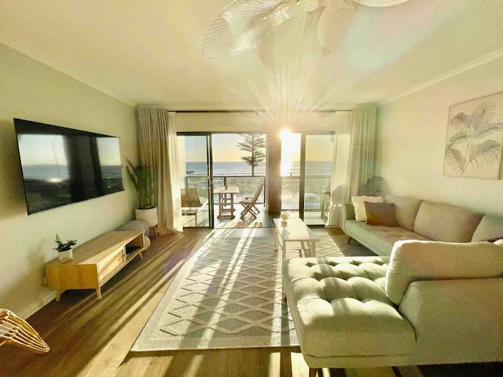 Gem of the South: fully renovated Esplanade living