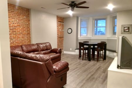 Renovated historic apartment downtown Dubuque