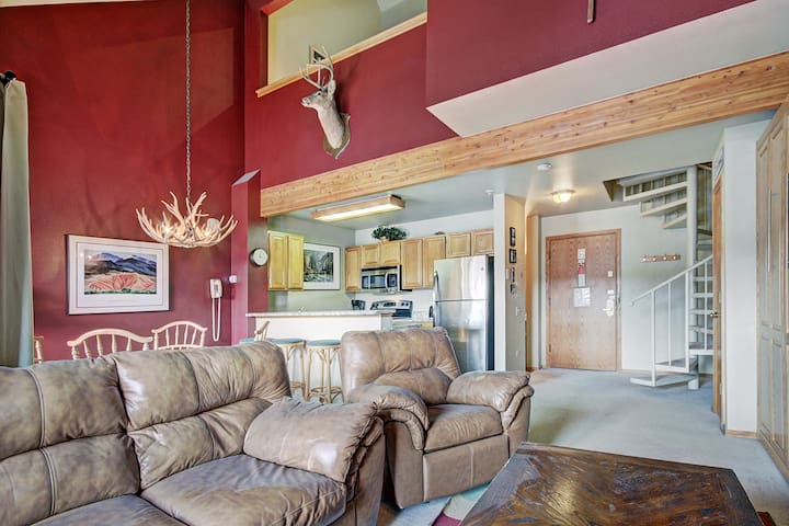 Winter Escape+Loft Perfect Blend of Mountain + Town Sleeps 6