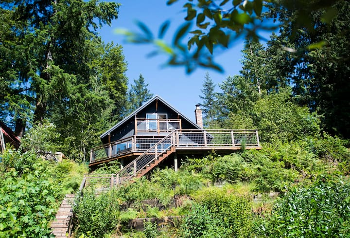 East River Rest : Riverfront cabin on Mt. Hood