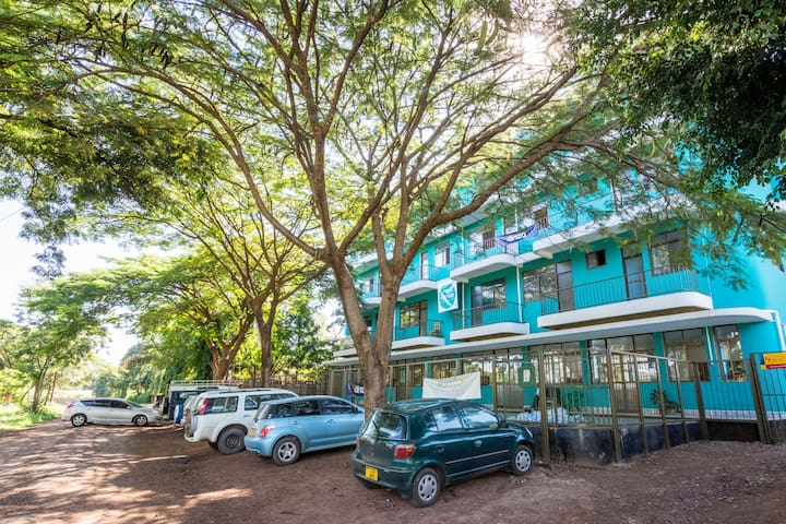 Kili Hub - Spacious Double Rooms with Ensuite - Kilimanjaro - Hospedaria
