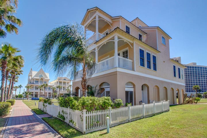 Elegant, two-level, dog-friendly home w/ shared pool - close to the beach!