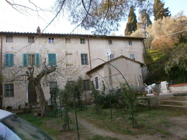 """La"""" Fattoria"""" Toscano di Stiava."""