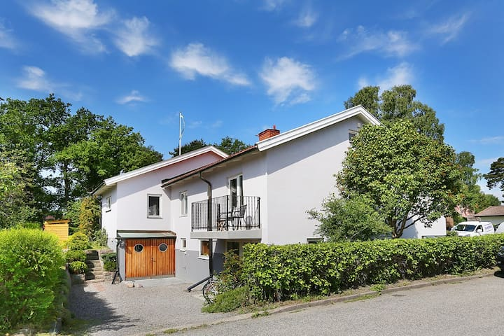 Top renovated villa with open spaces. - Stockholm - Rumah