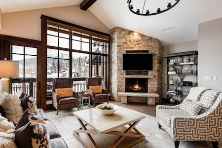 Deer Valley, Empire Pass Ski-in, Ski-out Penthouse