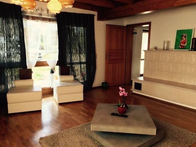 ferienwohnung auf dem lande nahe der schweiz apartments. Black Bedroom Furniture Sets. Home Design Ideas