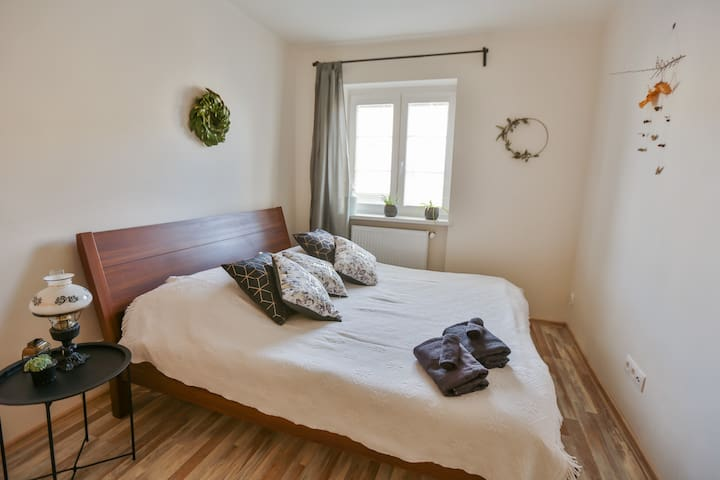 PERFECT 60m2 APT  *   NEAR TO DT *  FREE PARKING