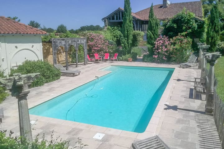 A spacious and beautifully restored rural farmhouse with private pool