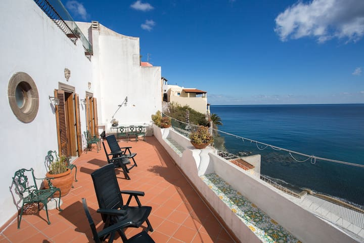 NEW! GUEST HOUSE ON THE BEACH IN LIPARI - Canneto - Dom