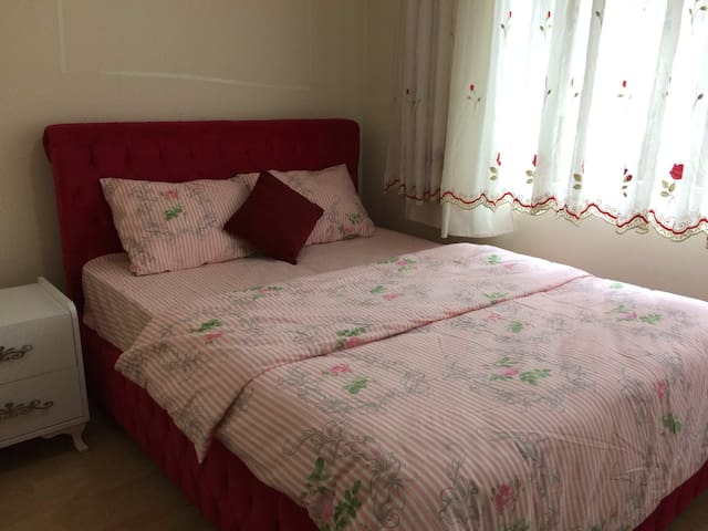 Private room for rent - Fatih - Apartamento