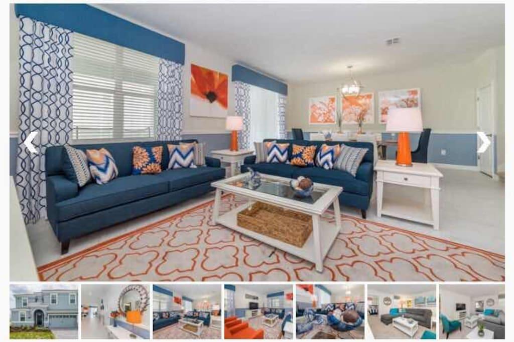 一楼客厅舒适的沙发