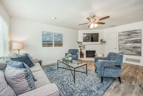 Fully Remodeled and Centrally Located Home!