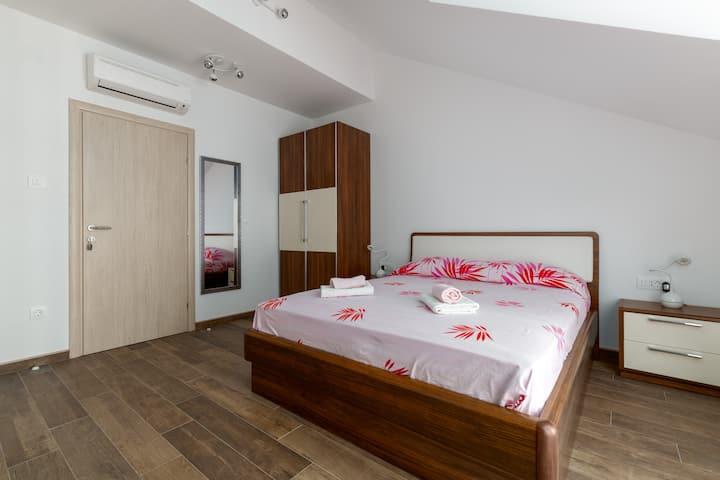 Room near Dubrovnik - only 7 km