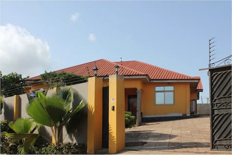Lux House BAABA in Resort (Pool , Gym & Rooftop)