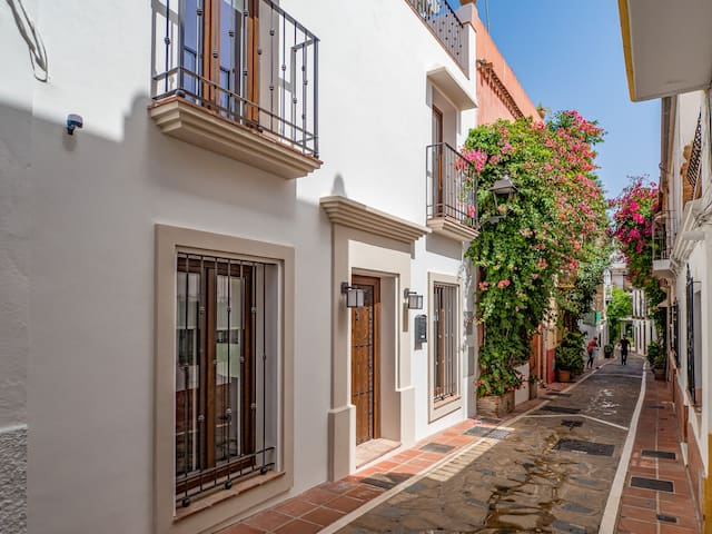 Marbella Old Town Luxury Townhouse