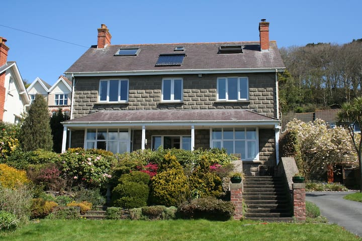 Spacious Home in Braunton with Lovely Views - Braunton - House