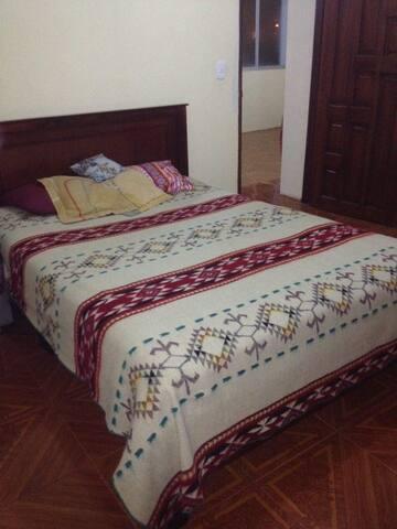 mini departamento compartido - Otavalo - Huoneisto