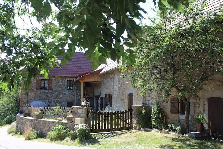 Au Balcon de l'Obiou  ses deux  Chambres d'Hôtes