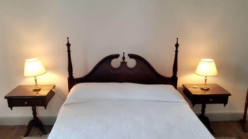 Antigua Santa Rosa - Viejo Hotel Solis