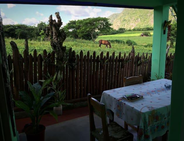 Villa El Crepusculo - Vinales - Bed & Breakfast