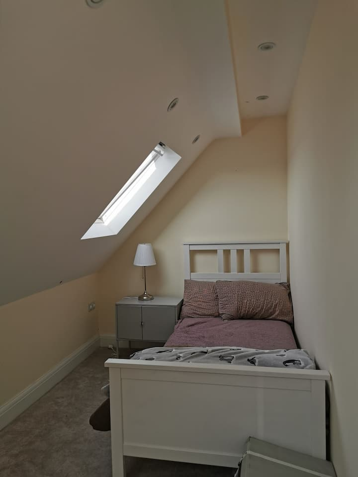 A Comfortable room in the loft for single occupant