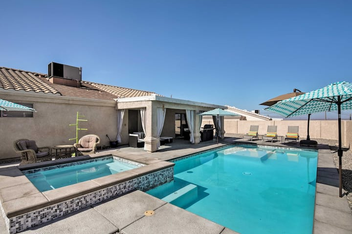 Central Lake Havasu City House: Grill & Pool Table