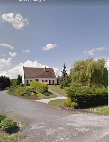 Maison au calme a 20km  Tours/Amboise/Chenonceau