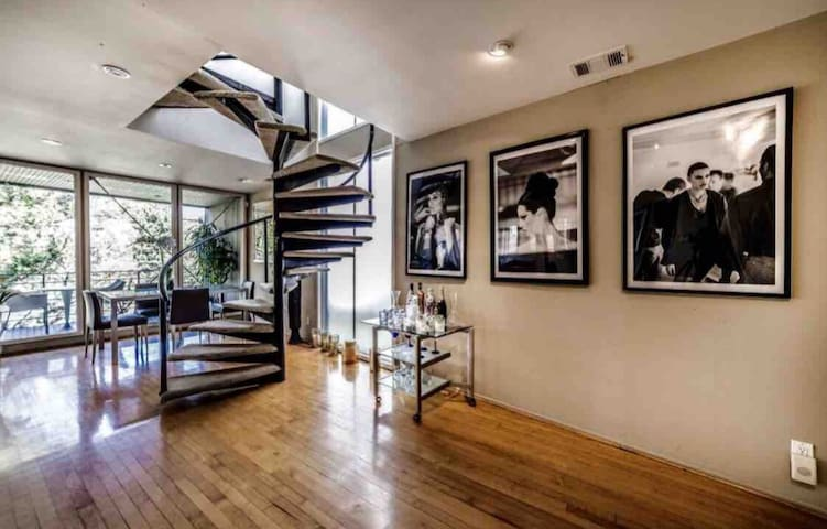 Clean safe hideaway in the real Beverly Hills