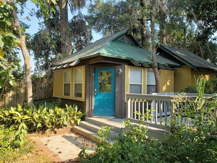 Private Studio Cottage in Midtown Tallahassee