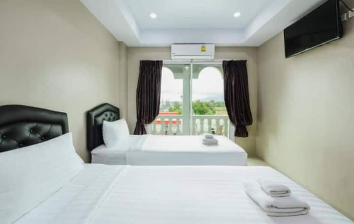 Super Comfy Deluxe Twin Room at Tyler Cherngtalay