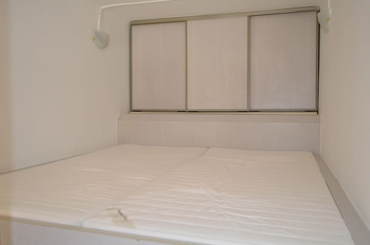 Double bed in room 1