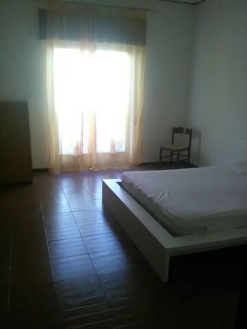 Spazioso appartamento vicino al mare a Lazzaro!!