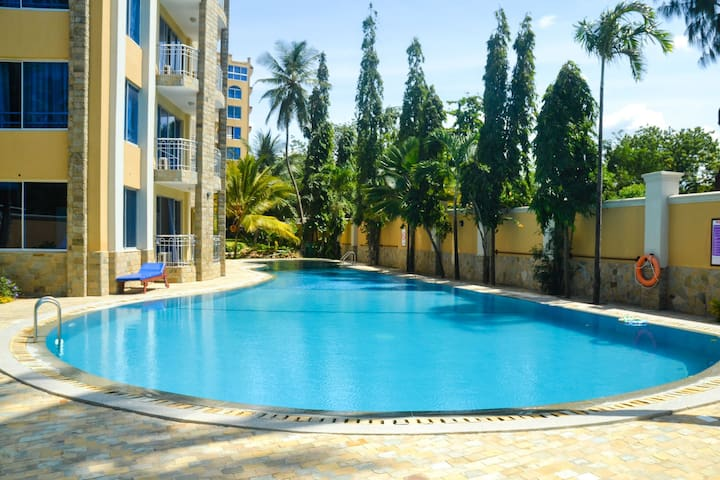 Apt. with Amazing view of the beach - Mombasa - Apartemen