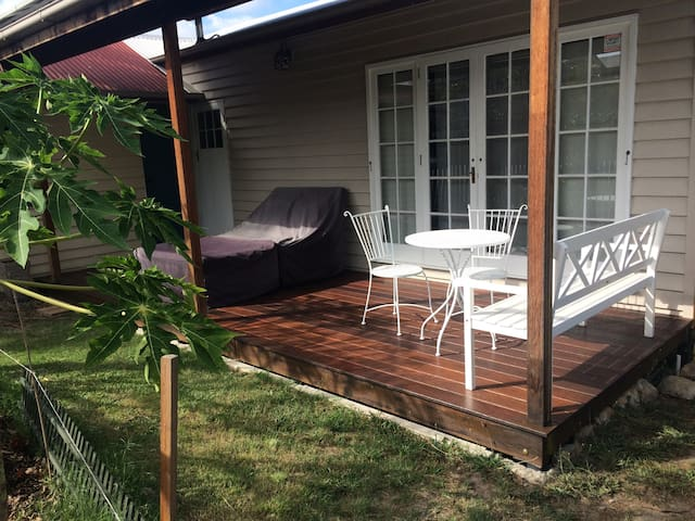 French Quarter - 5kms to Brisbane CBD - Coorparoo - Guesthouse