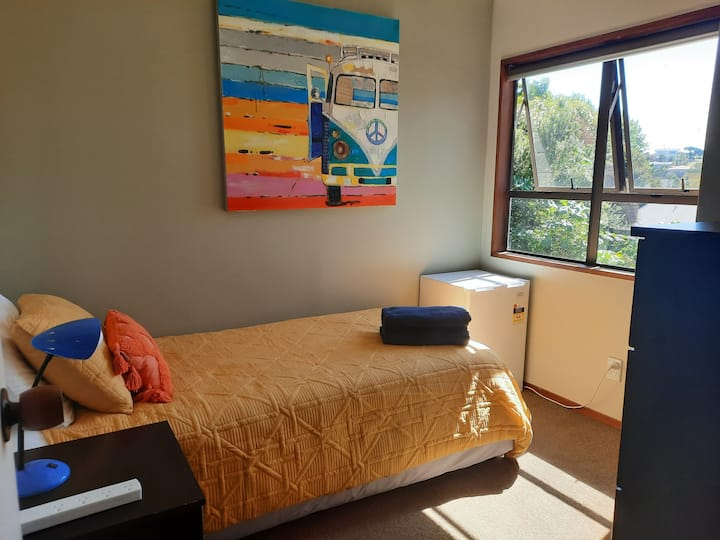 Single room, 5kms to CBD, for the budget traveller