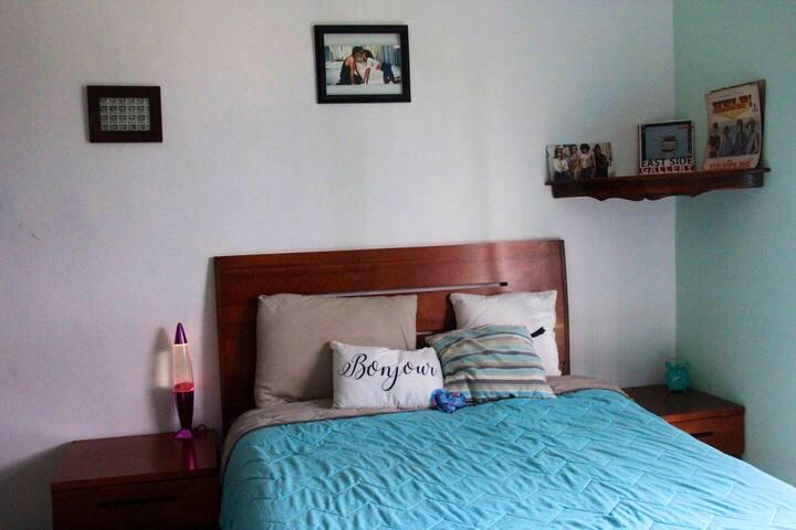 Linda habitación con balcón en Oaxaca