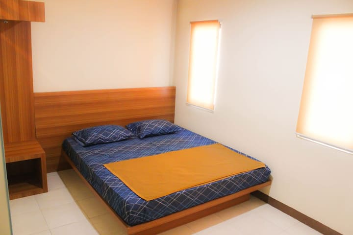Simple room 3mins from Kopo Toll exit w/bfast