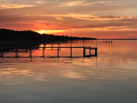 Redfish Loft, private waterfront on East Bay