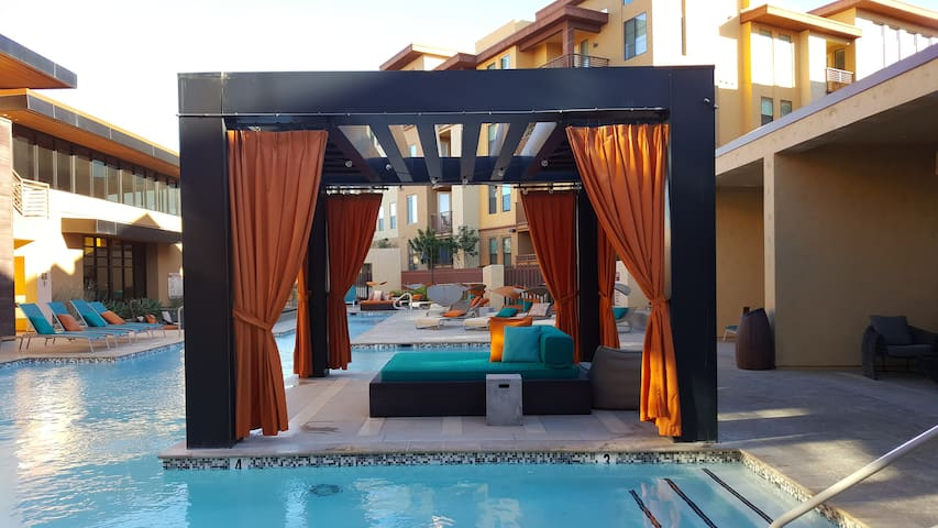 Resort Like Apartment with Amazing Mountain Views! - Phoenix - Apartamento