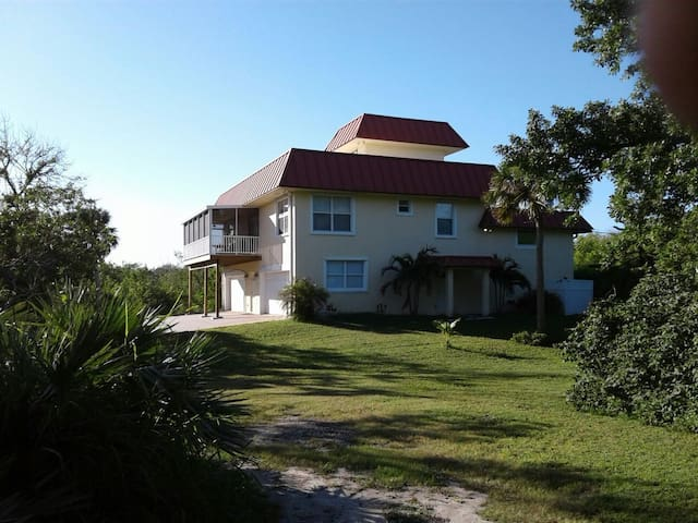 Beautiful  home on Indian River Melbourne Beach