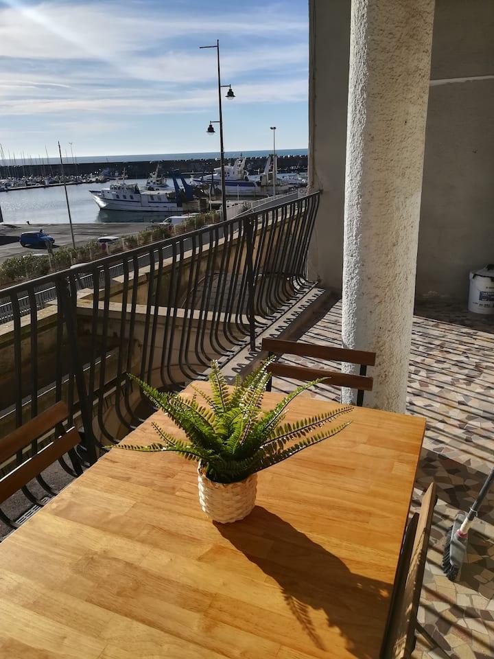 Appartement familial vue mer et port Refait à neuf