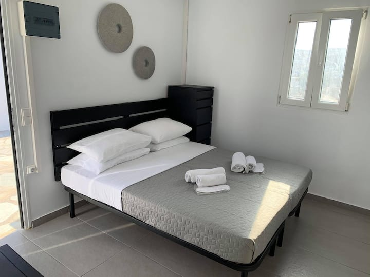 New Studio close to Ornos Beach and Mykonos Town